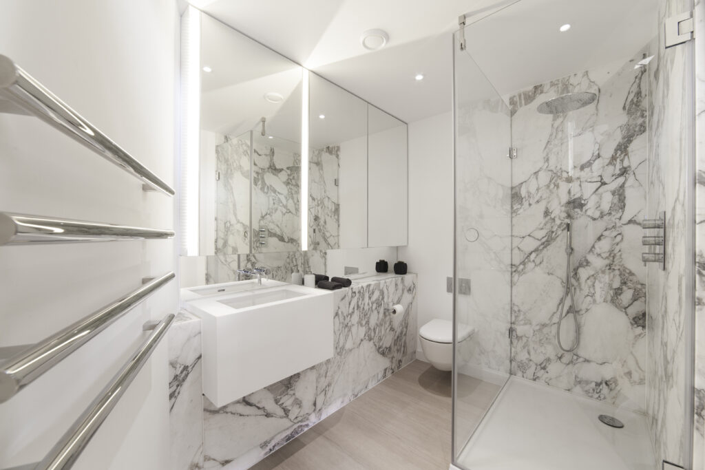 Bathroom in Greenwich Peninsula Flat