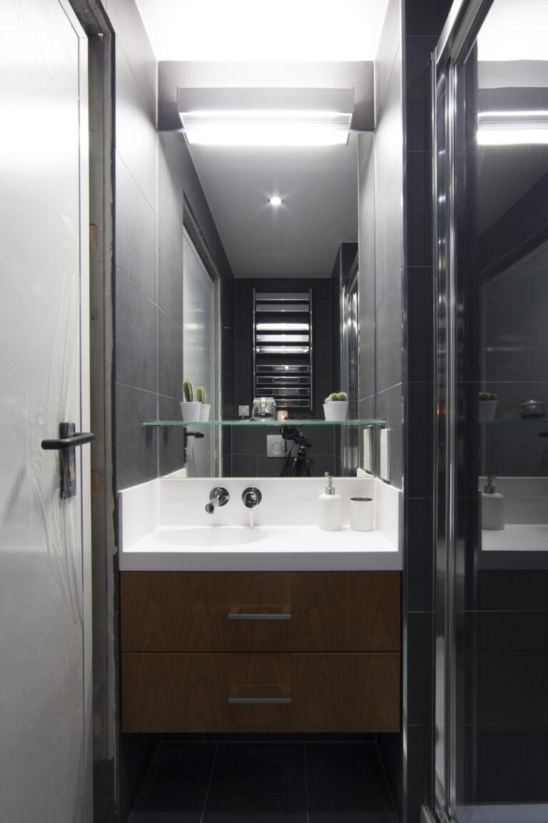 Sink in Exeter College Bathroom
